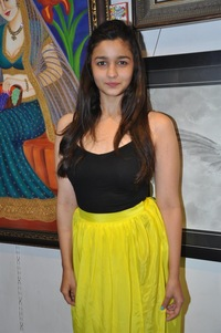 hot boob galleries alia bhatt photos inauguration painting exhibition splassh celebsnext hot mtv coke