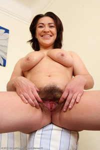 hot hairy pussy pics lau hot hairy milf laura from all over
