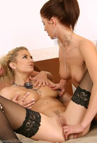 hot lesbian sex photos lesbian blonde gets red hot pussy finger fucked hard deep stunning beauties threesome