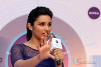 hot pic sexy girl hot sexy girl parineeti chopra looks super blue skirt launch nivea total face cleanup raag portfolio