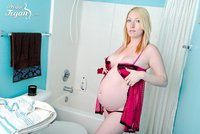 hot pregnant galleries gals pink babydoll search pregnant