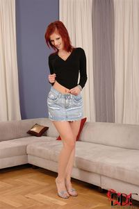 hot redhead pussy pic hosted tgp ariel piperfawn pics piper fawn hot redhead touches pussy couch gal