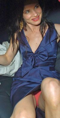 hot up skirt pictures juliette lewis panty upskirt shot