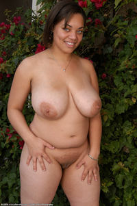 hot young black pussies photo large hot young black rosie lingerie strip garden bbw girls