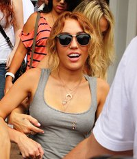hottest pussy images miley cyrus armpit pussy now best pics from last week