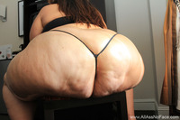 huge ass pictures tgp syriana huge bbw ass syrianna