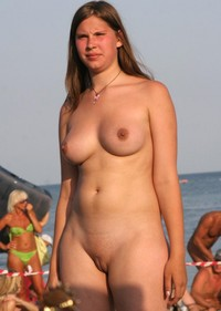 huge breasts images babe shaved bald cunt huge breasts cameltoe camel toe pics