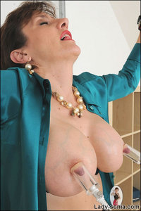 huge nipples galleries galleries gallery huge nipples bondaged mature nafozucl