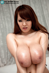 huge titties pic galleries scoreland hitomi bikini category floppy tits