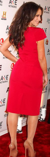 just big ass pics jennifer love hewitt nice ass tight red dress