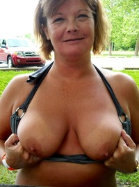 mature beautiful naked women