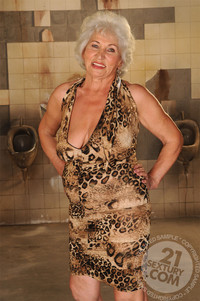 mature ladies of porn gallery lusty mature ladies having boy toys this old young bizarre porn its best