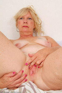 mature pussies mature blonde housewives gallery horny porn