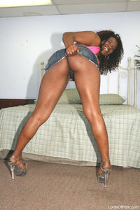 naked ebony bitches ebony bitches fucking cock