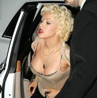 new celeb nude pics voyeur porn celeb christina aguilera nude boobs short skirts photo