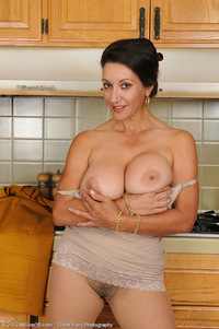 old pussy milf porn all over busty takes break tug hairy old pussy