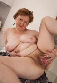 older woman porn gallery grannysexpics older granny vagina xxx pictures