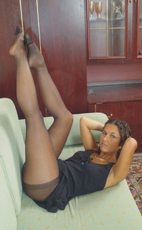 pantyhose hot pics gorgeous thick legs pantyhose page