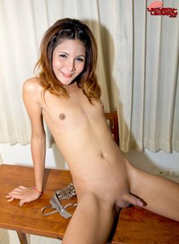 petite girl ass pics pictures shemale ladyboy petite girl doll face