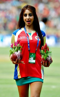 pic hot chicks media photogallery apr sanjana bccl sports cricket ipl pics hot chicks bangalore