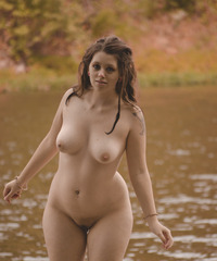 pic of nude ladies killer curves happy ladies