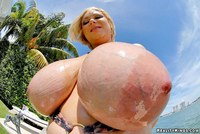 pictures of huge titties uugallery bignaturals samantha huge tits