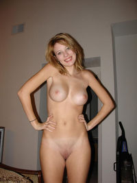 pictures of shaved vagina smiling blonde girl boobs shows shaved pussy
