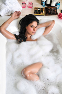 pictures sexy nude hot sexy nude veena malik wallpapers hottest ever