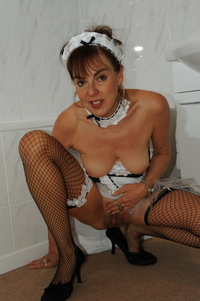 porn galleries pic french maid mature pissing porn