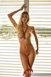 porn pics blonds stuff claudia sexy leggy blonde nude glasses high heels photodromm
