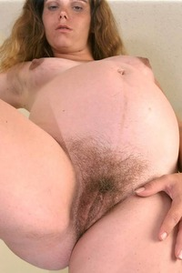 pregnant naked women pictures male pregnate