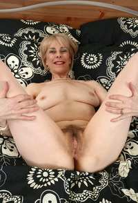 pussy woman mature mature ladies hairy pussy dick
