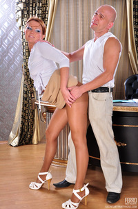secretaries in pantyhose pics pictures nylon secretary pantyhose fucking his