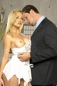 sex lingerie porn kayden kross having boyfriend dirty photoshoot lingerie page