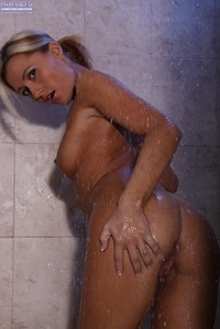 sex showers pics ginger lee shower pics showers