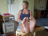 sexy girl feet photos dev dfb