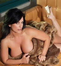 sexy pics big tits denise milani sexy breasts natural tits huge