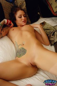 sexy shaved pussy picpost thmbs shaved pussy sexy redheaded coed pics