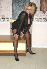 sexy stocking galleries amateur porn attractive mature sexy stocking black nylon its toy photo