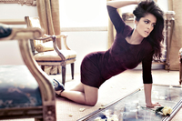 sexy women butt pictures wallpapers salma hayek celeb actress style fashion pose brunette women females girls babes sexy sensual legs butt furniture room