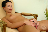 shaved pussies picture news close shaved pussy samples
