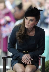 short skirts hot celebrities kate middleton queen elizabeth diamond jubilee tour leicester wear hot short skirt iis