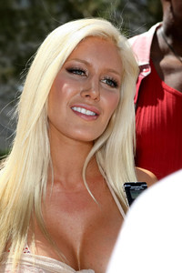 titties gallery gallery enlarged heidi montag titties picture
