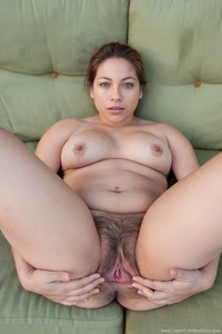 we hairy galleries daisy leon gets dirty outdoor hairy porn pussy world tour