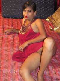 yang pussy gthumb young indian girl small