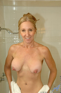 big tit porn gallery galleries dfa gallery dripping wet milf tits fucks huge toy ogu