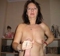 hand job picture gallery fugly milf handjob gallery amateurs galleries