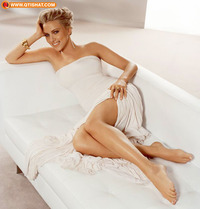 hot sexy feet pics data media scarlett johansson feet legs crossed hot female celebrities sinalco friends