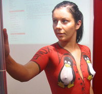 naked chick pics chip linux body painting