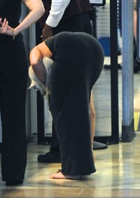 nice sexy ass pictures gallery miley cyrus showing off cute sexy ass lax airport